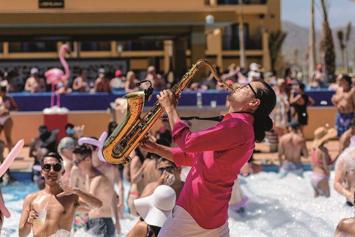 Fiestas en la piscina de Riu Los Cabos, la nueva diversión exclusiva para adultos
