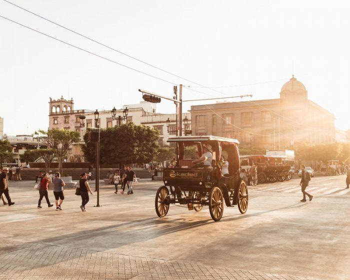 Guadalajara, símbolo del folclor mexicano, te recibe con el Sello de Viaje Seguro