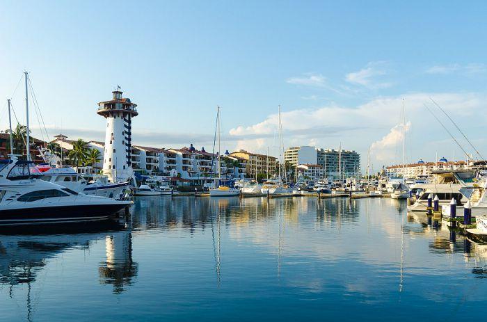 ¿Qué conocer en Puerto Vallarta además de sus playas?