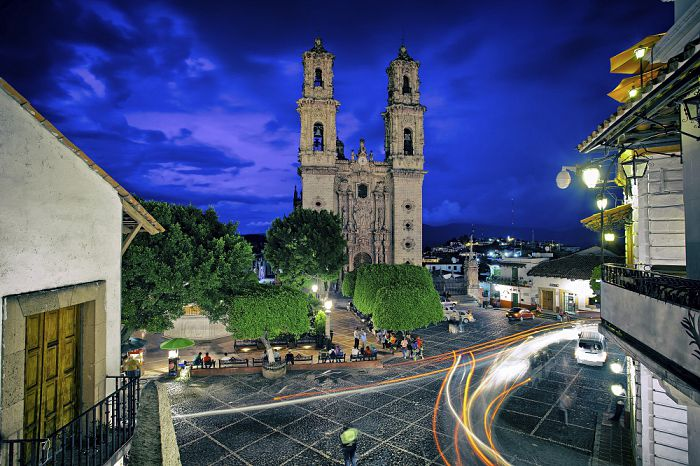 Taxco Zocalo and Templo de Santa Prisca at night