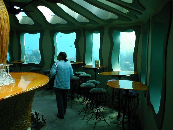De visita por 3 restaurantes bajo el mar