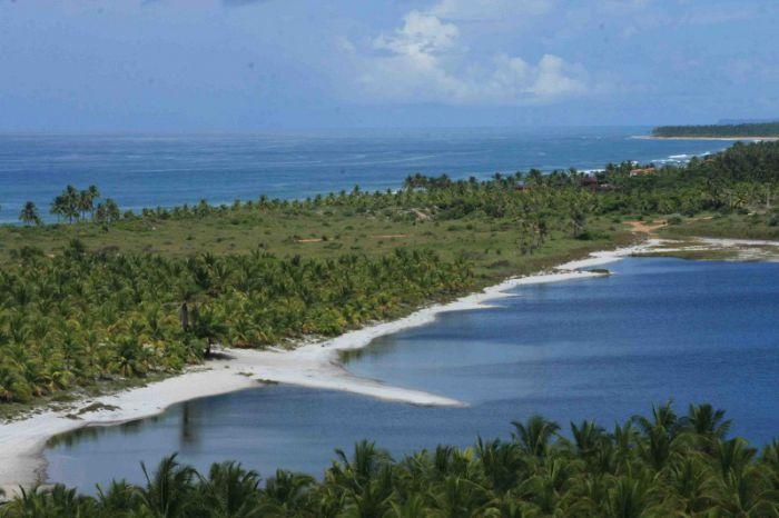 La playa de Cassange está a pocos metros de la laguna de Cassange. FOTO Mario Cherrutti