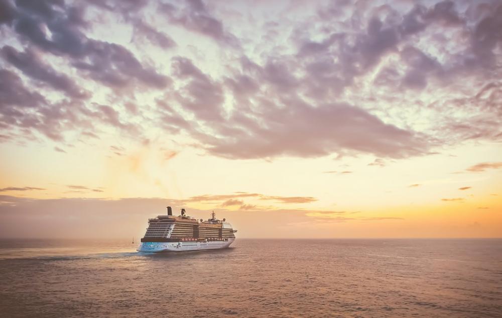 Cruceros por el Mediterráneo, ¡desde el aeropuerto!