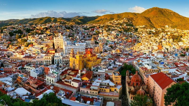 Disfruta la impresionante vista de la ciudad de Guanajuato desde el mirador