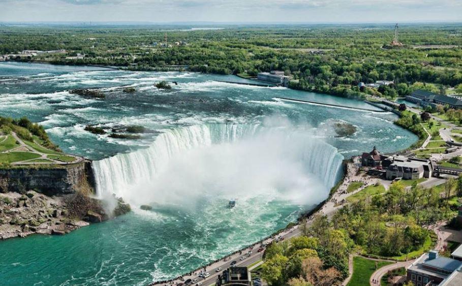 6 destinos para tus vacaciones en Canadá