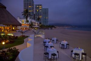 Playas y hoteles en Puerto Vallarta para parejas y familias