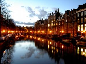 Con los vuelos baratos a Europa conoce amsterdam