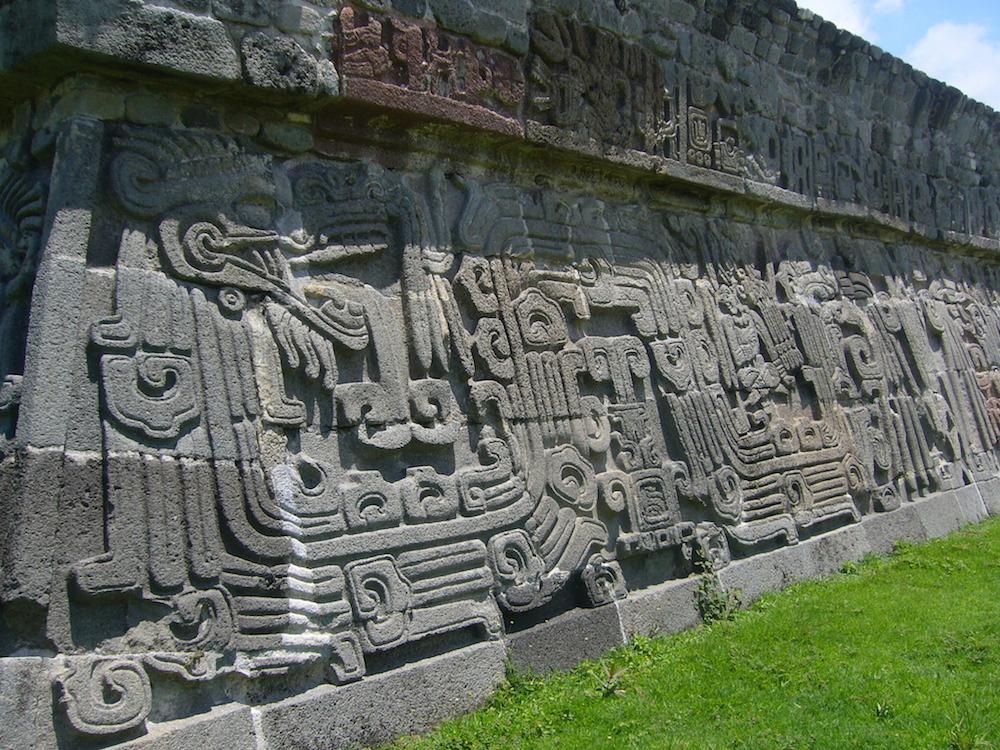 Conoce la espléndida zona arqueológica de Xochicalco