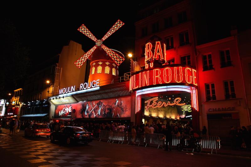 Ofertas de agencias de viajes a París: vive la noche