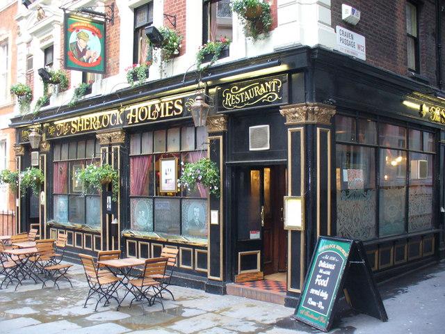 Vuelos baratos a Londres: noches de pubs
