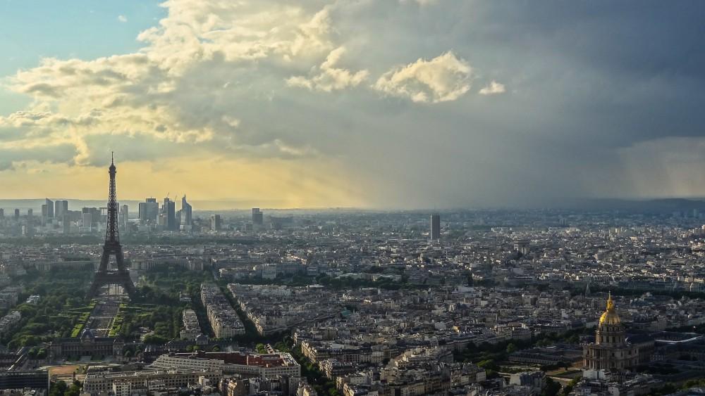 Vuelos baratos a París: viaja en el avión más grande del mundo