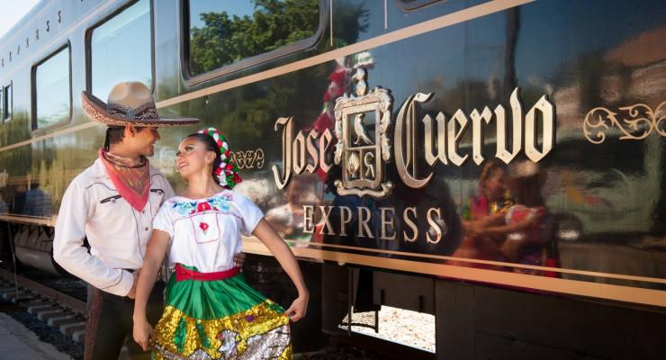 Recorre la Ruta del Tequila a bordo del tren José Cuervo® Express
